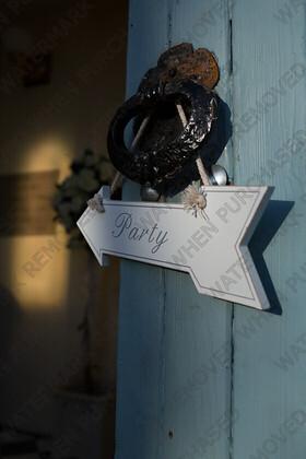 KU8C5710   Keywords: wedding,party,door sign,hanger,theme,white,austen,blakemore